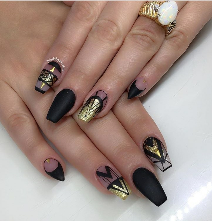 Decorated nails ideas light colors