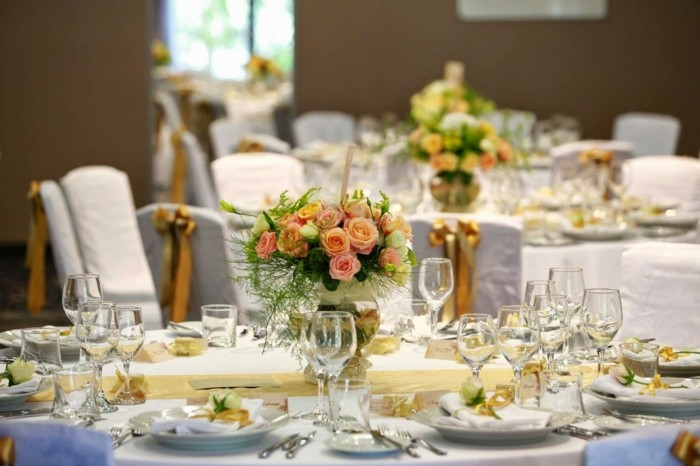 centerpieces for weddings gold brown ideas
