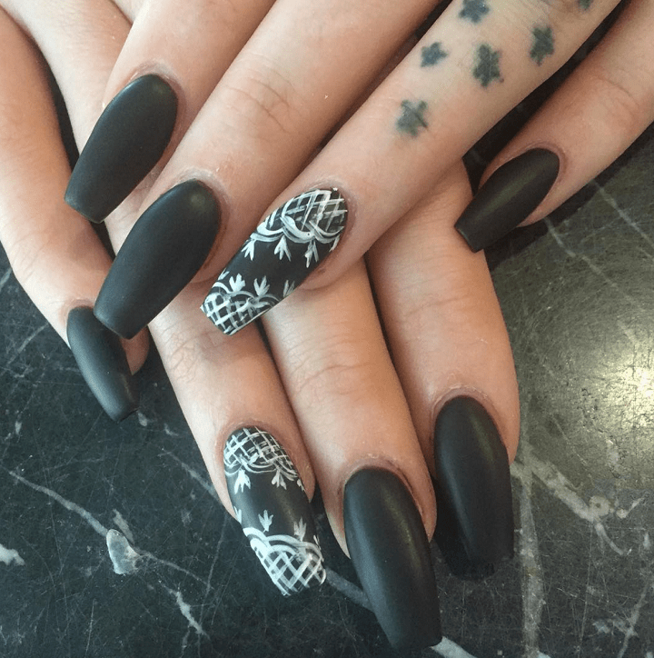 decorated nails ideas modern effects