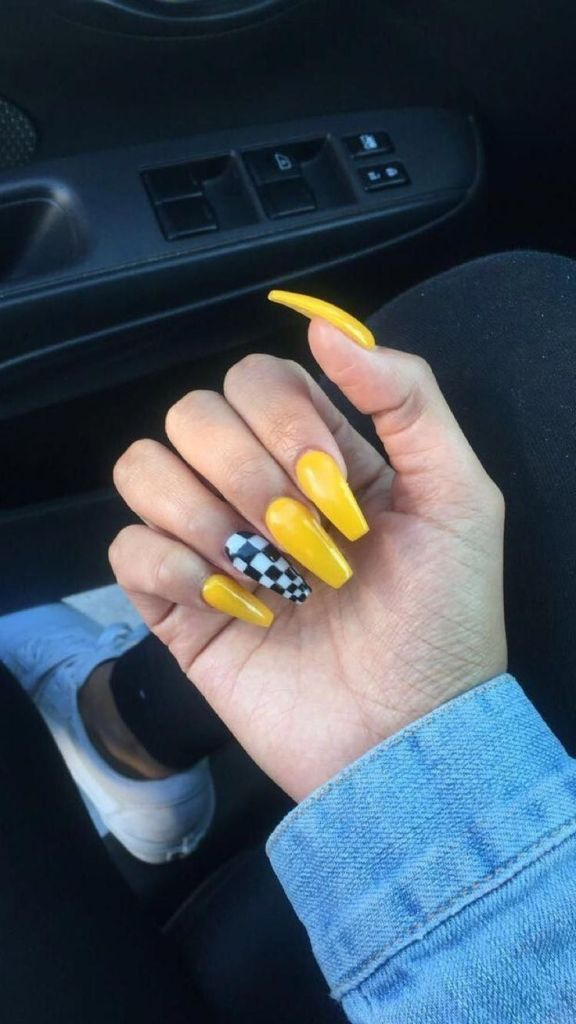 Gorgeous Most Trendy Yellow Nail Design