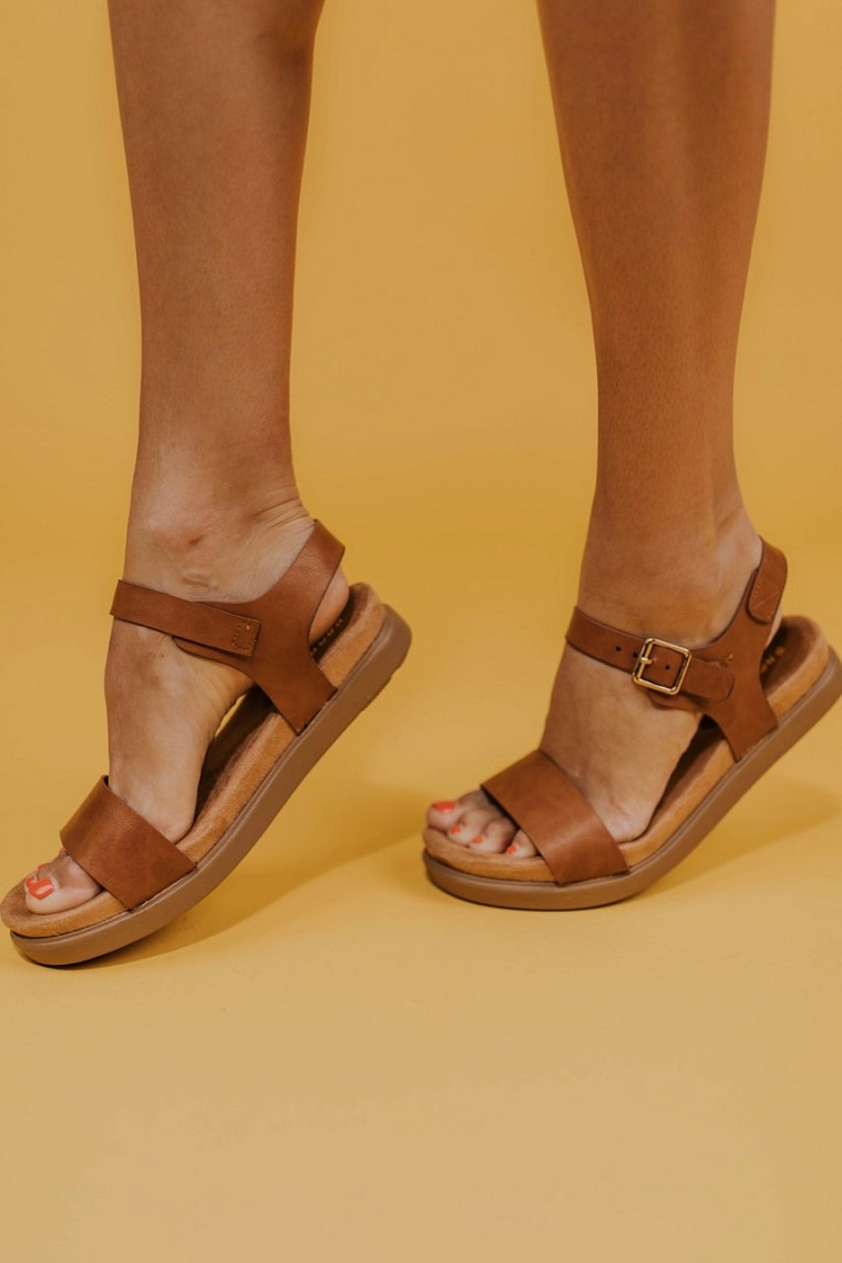accessories-of-fashion-2019-sandals