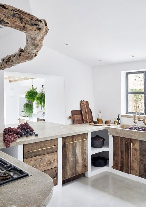 Rustic kitchen work