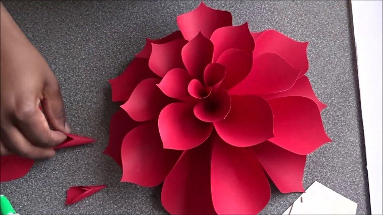 how to make simple cardboard flowers