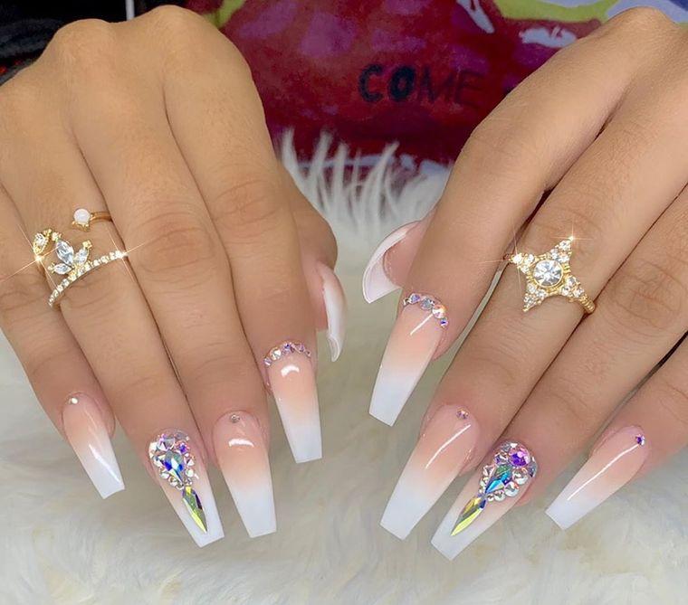 types of acrylic manicure