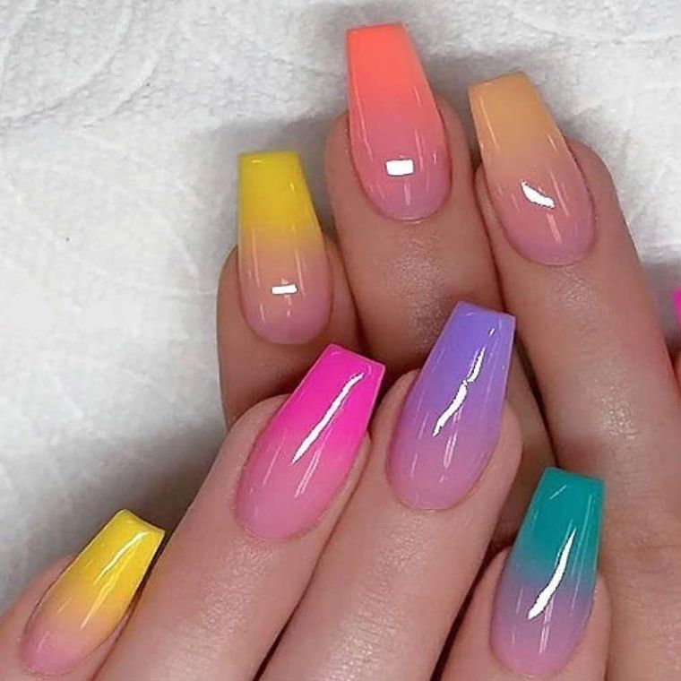 types of rainbow manicure