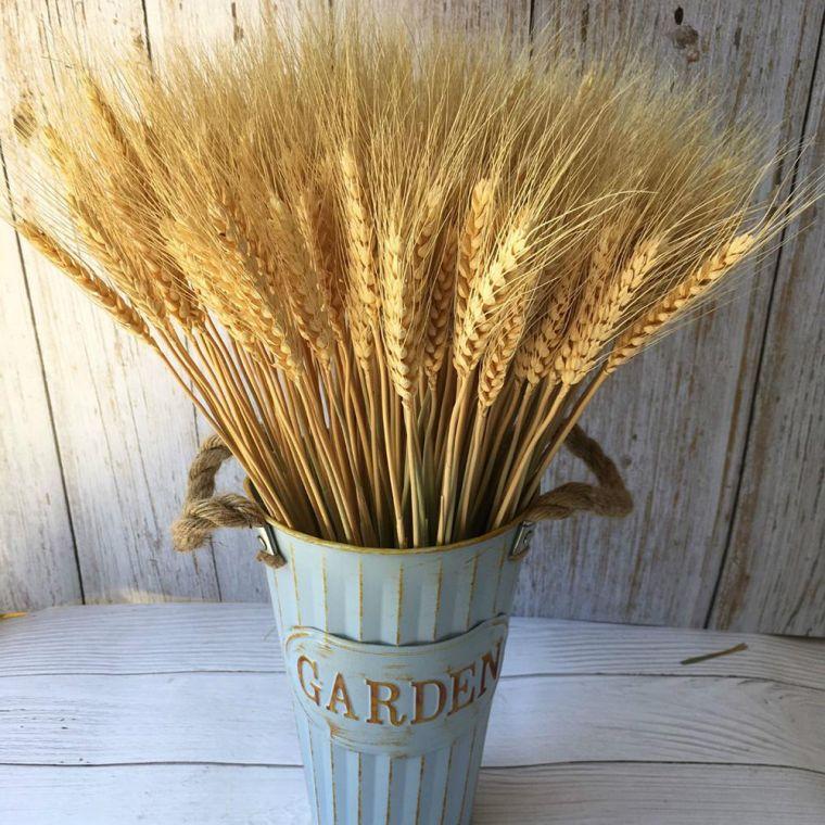 ears of wheat metal vase
