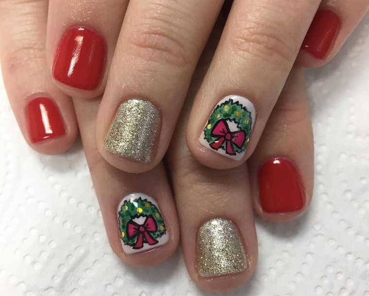 Christmas Nail Designs With Crown