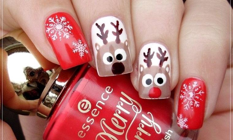 Reindeer Christmas Nail Designs