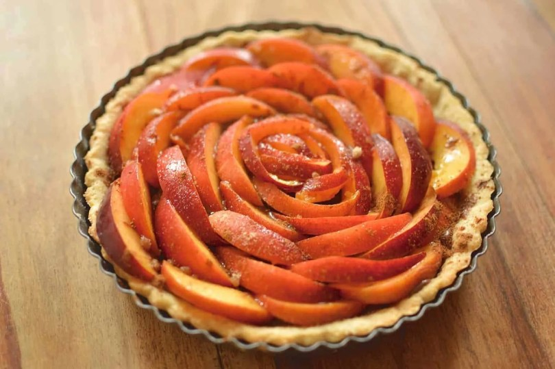 Peach Tart with Cinnamon & Nutella