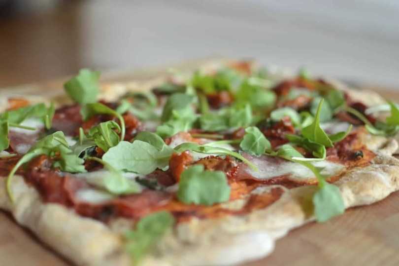 wholemeal salami pizza