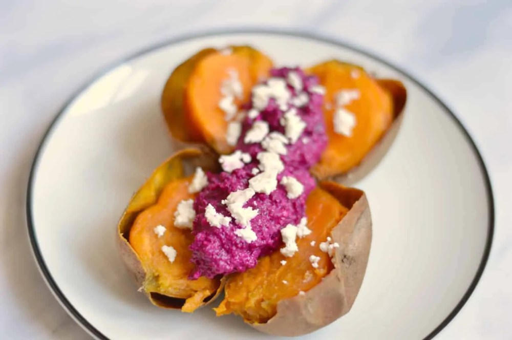 Baked sweet potato with beetroot and feta