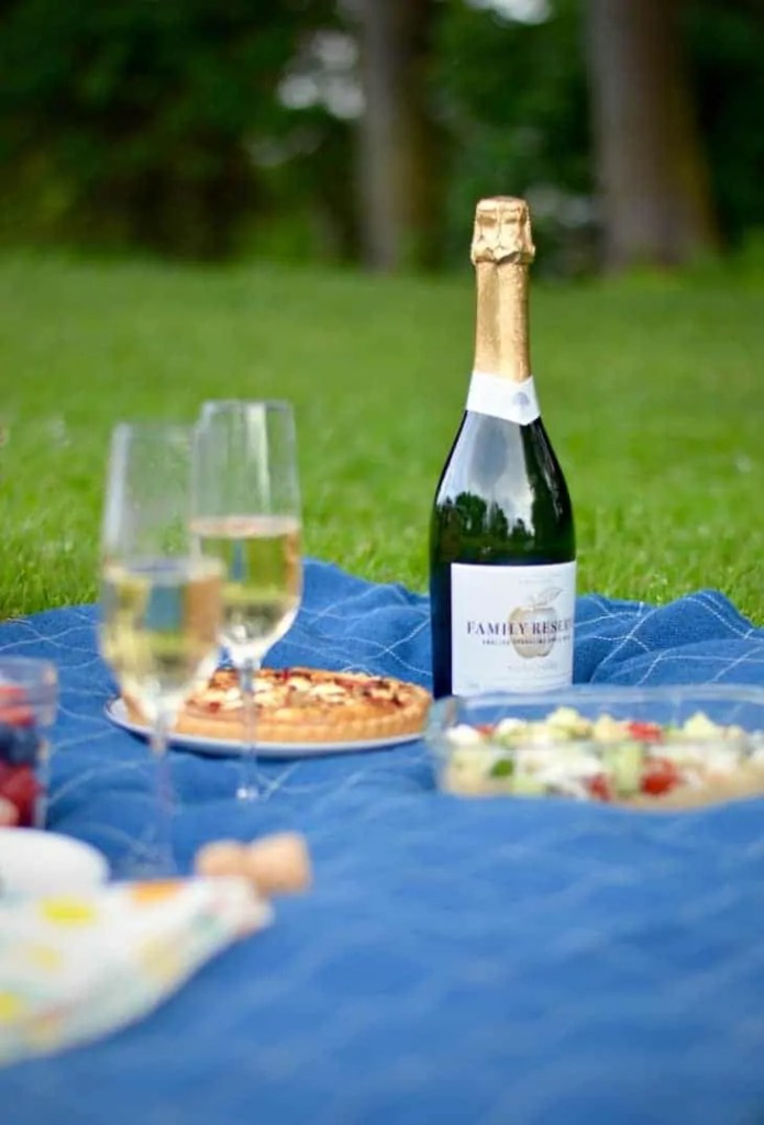 perfect picnics with Thatchers Family Reserve