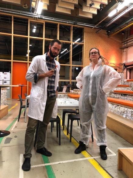 Uw gastheer en gastvrouw bij de 'Dokteren met DNA'-meetup in de Kennismakerij