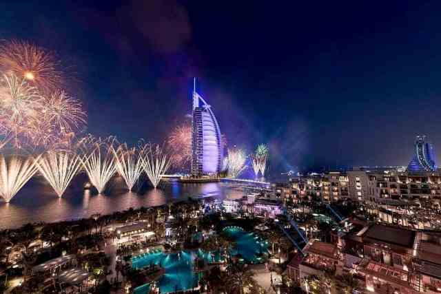 Where to Spend New Years Eve in Dubai   The Burj al Arab on New Years Eve in Dubai