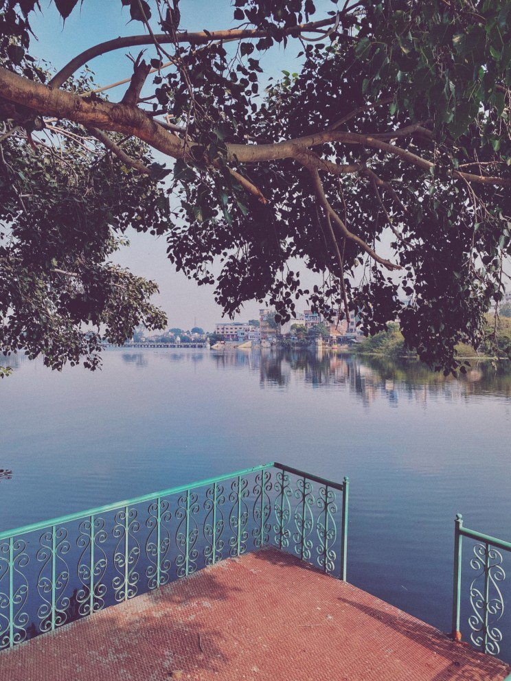 Explore Udaipur - The Ghats