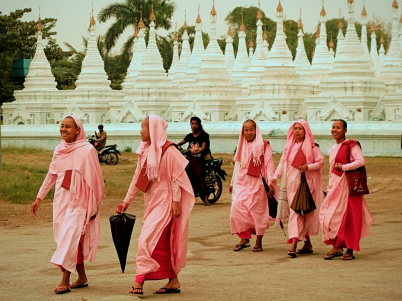 Buddhist Nuns of myanmar