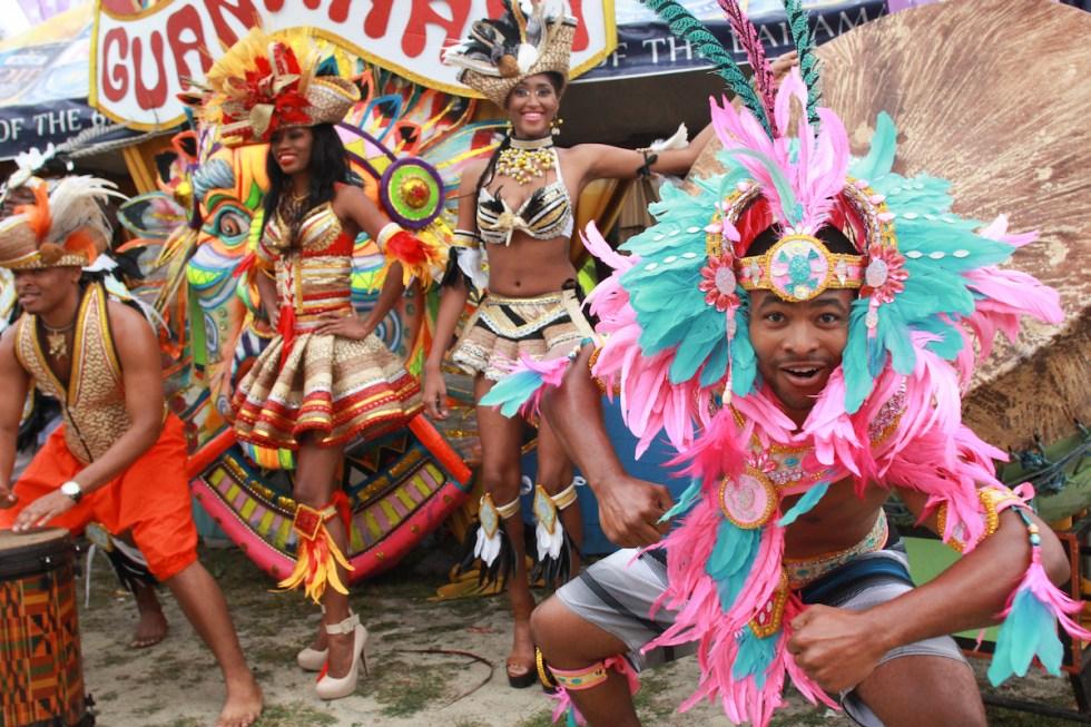junkanoo_carnival_costumes