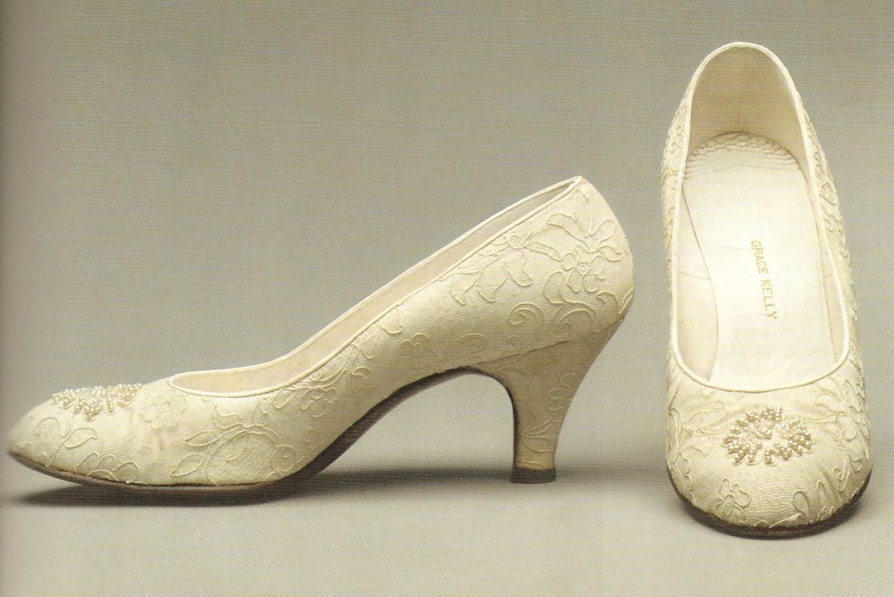 Grace Kelly's 2½-inch wedding heels.