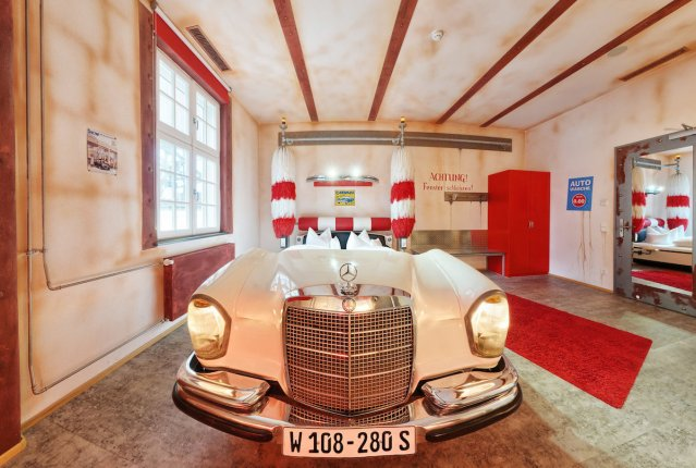 "The ""Car Wash"" room inside the V8 Hotel in Böblingen, Germany."