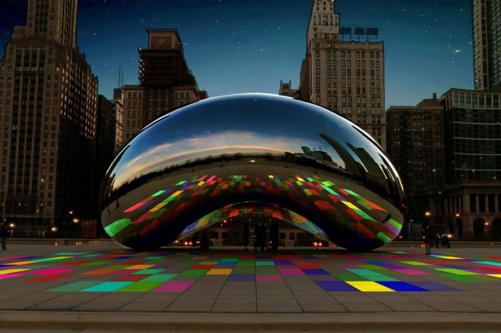 Cloud Gate in Chicago, United States.