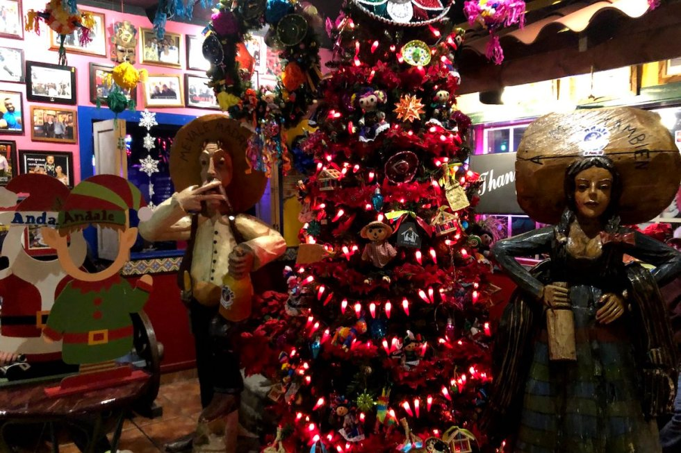 Andale Mexican Restaurant and Cantina Christmas decorations