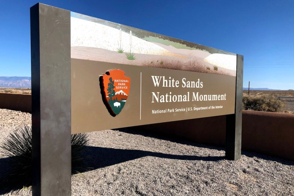 White Sands National Monument entrance sign