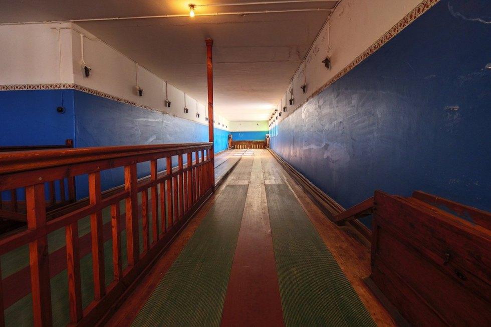 4-lane skittle alley at Kolmanskop ghost town