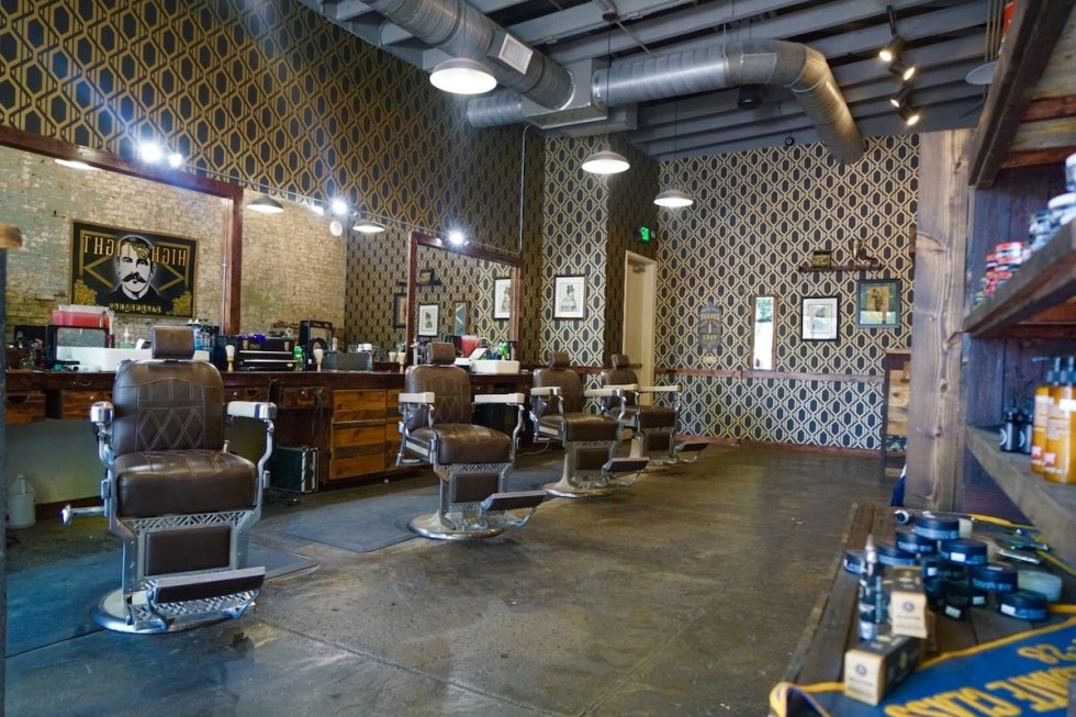 High & Tight BarbershopDeep Ellum