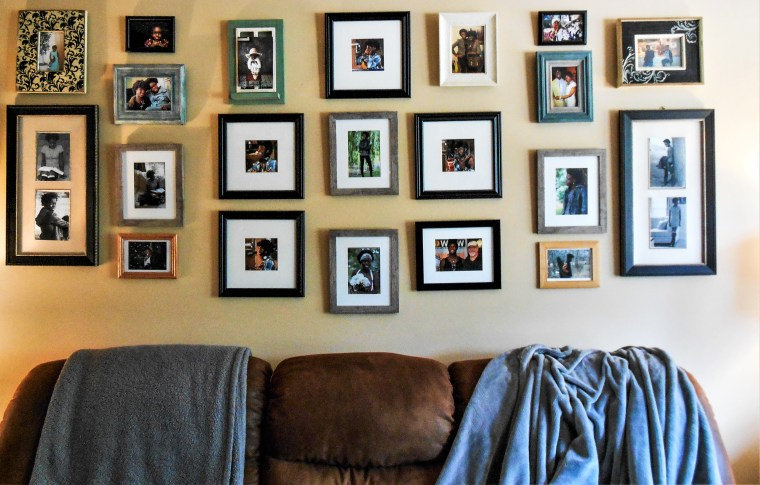 pictures, picture frames, thrift stores