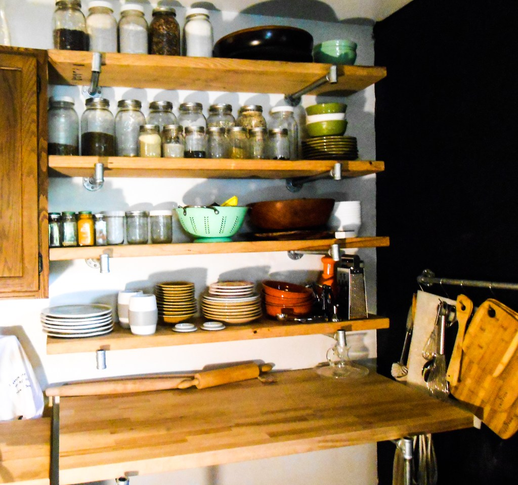 plumbing pipes, pipes, shelves, home decor, blog, interior design, decorating, kitchen, DIy