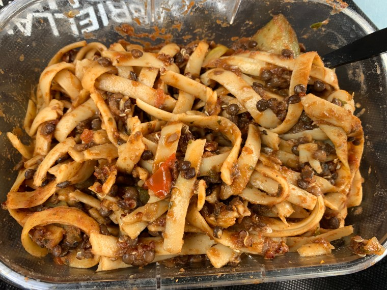 katina horton, blogger, healthy eating, food, recipes, pasta with black lentils, tomatoes, fettuccine, lifestyle