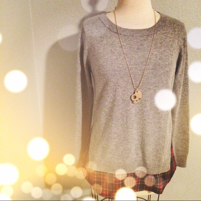Goodnight Macaroon Heather Grey Side Slit Crewneck Red Plaid Sweater