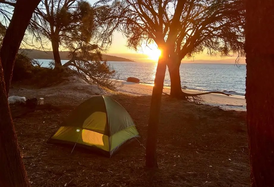 Free Camping along the Great Eastern Drive is great way to experience this beautiful coastline