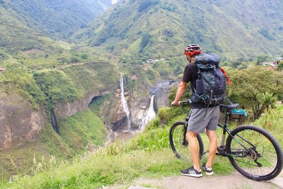 Taking a break along the route de cascadas in Baños