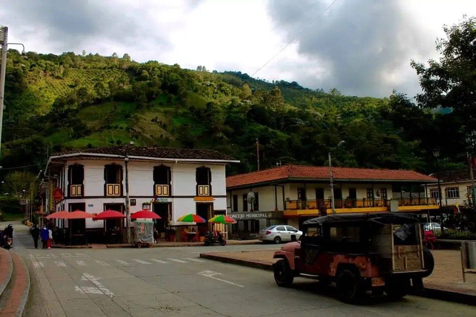 The town square of Pijoa Colombia