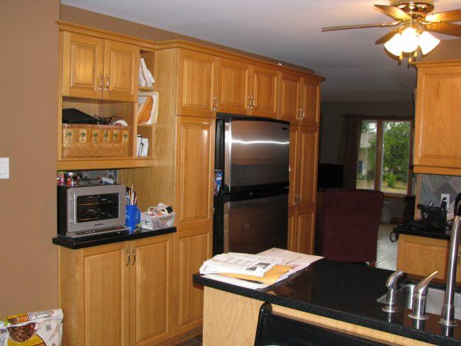 1990s oak kitchen