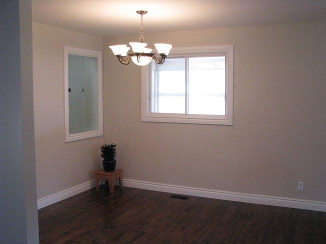flip house dining room
