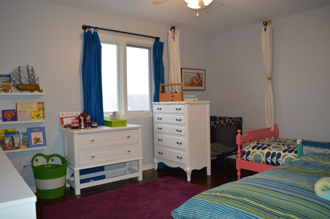 blue green and pink kid bedroom