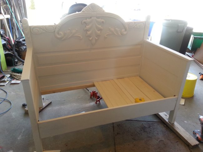 Chalk paint DIY toddler daybed