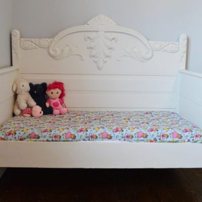 Chalk Painted DIY Toddler Daybed From An Antique 3/4 Bed