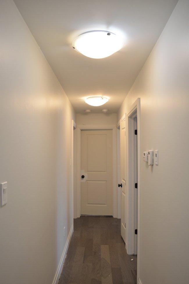 hall-dome-light