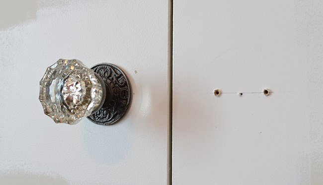 Diy Closet Pulls From Vintage Glass Doorknobs The