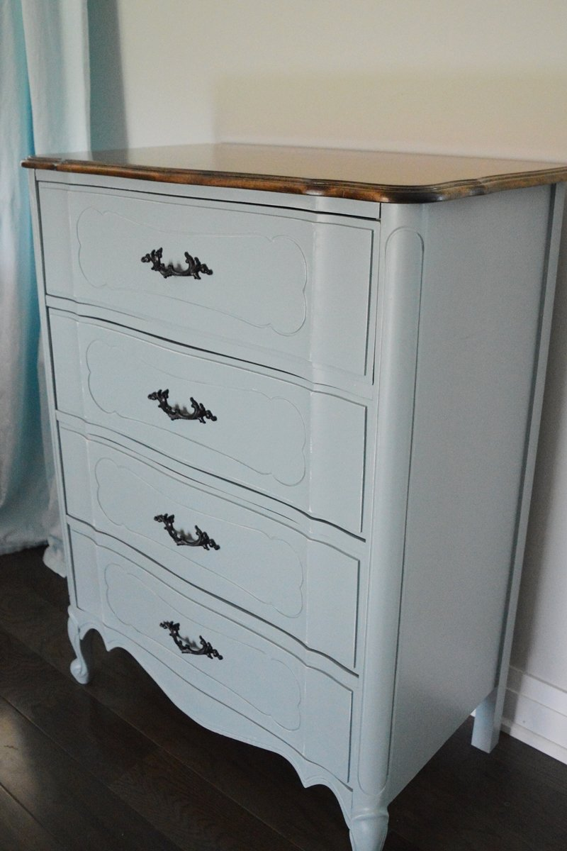 custom mix of general finishes milk paint, persian blue and snow white