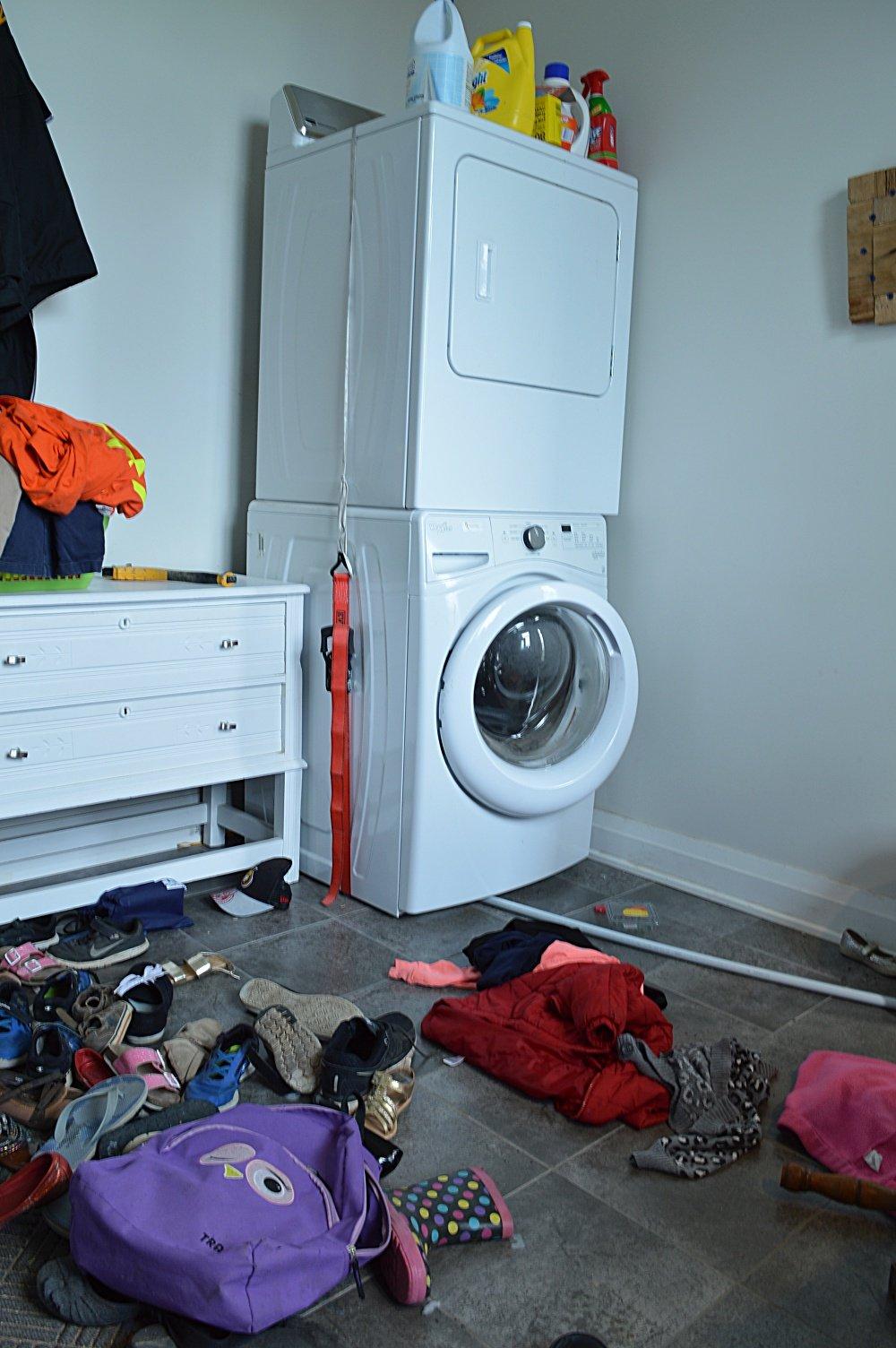 budget friendly laundry room