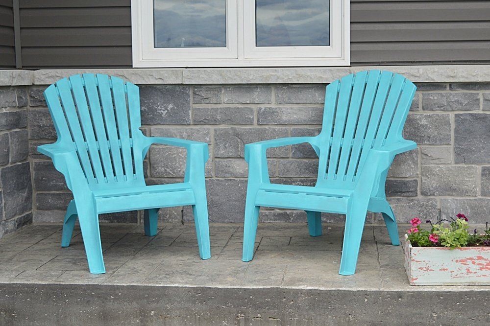 how to paint plastic lawn chairs