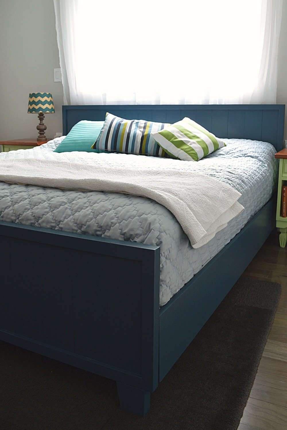 how to make a modern farmhouse bed