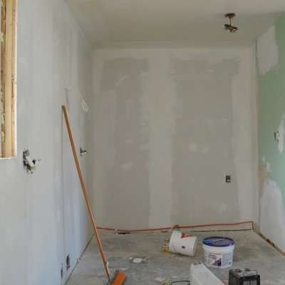 Week 8: Finishing up the drywall