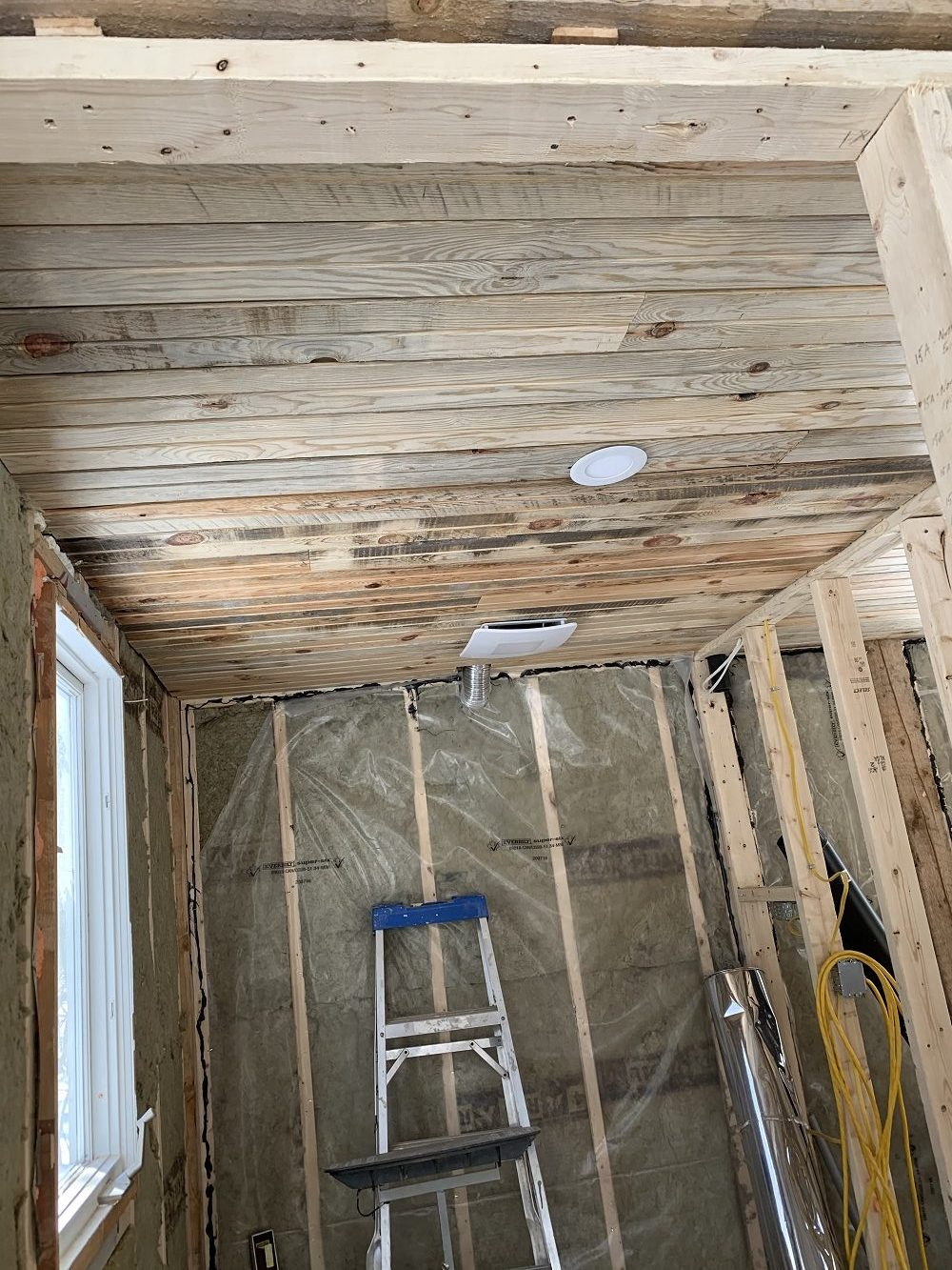 whitewash tongue and groove pine ceiling