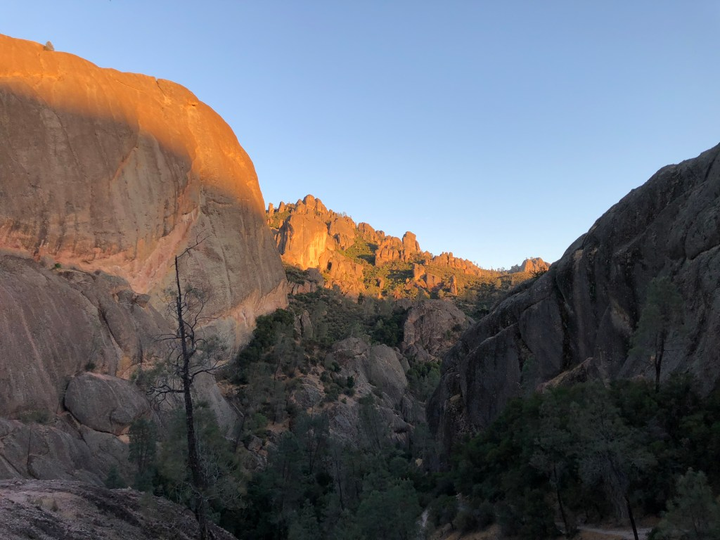 Amazing sunset in Pinnacles National Park