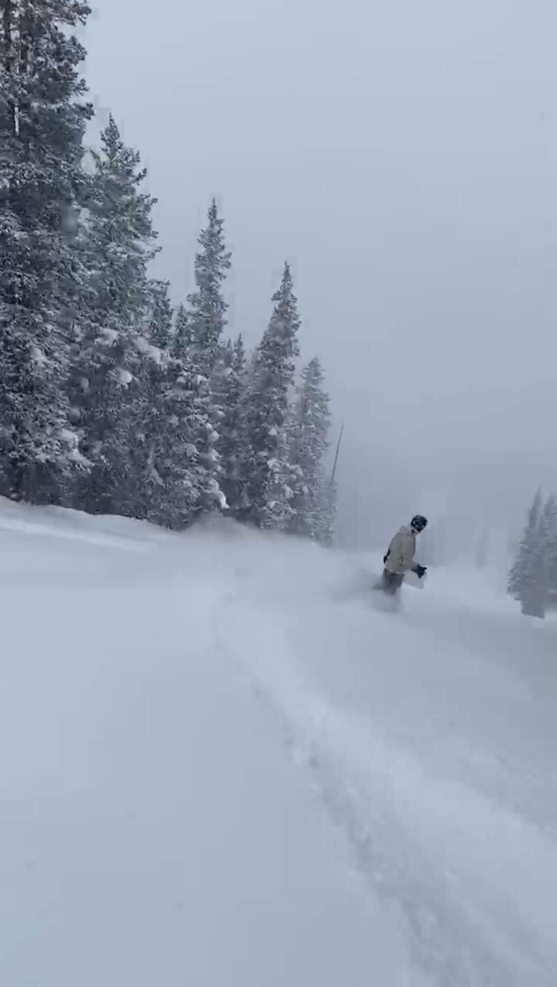 Joe riding the pow at Copper Mountain